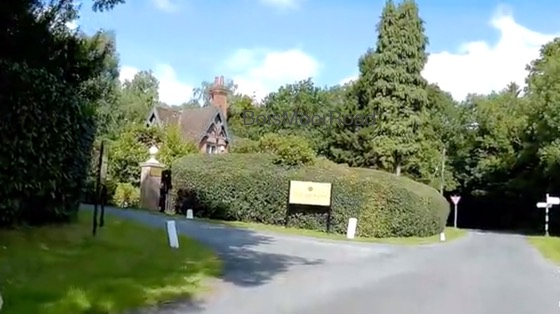 Indoor cycling training video of Chilterns Cycleway #11 - Champneys Health Spa to Holmer Green featuring Bois Moor Road