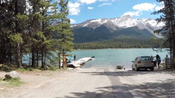 The ride to Maligne Lake